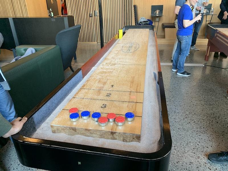 Table Shutffleboard